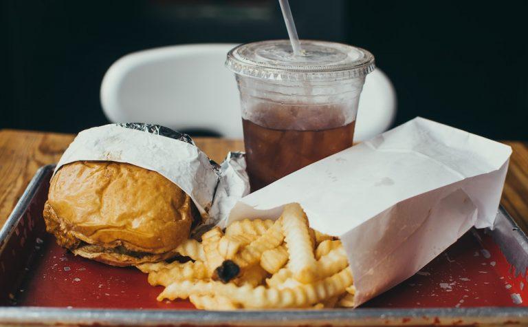 La obesidad infantil, maneras de atajarla